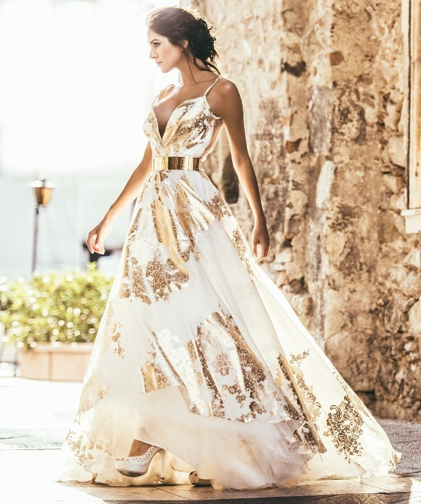 colored-wedding-dresses-2017-152 75+ Most Breathtaking Colored Wedding Dresses in 2020