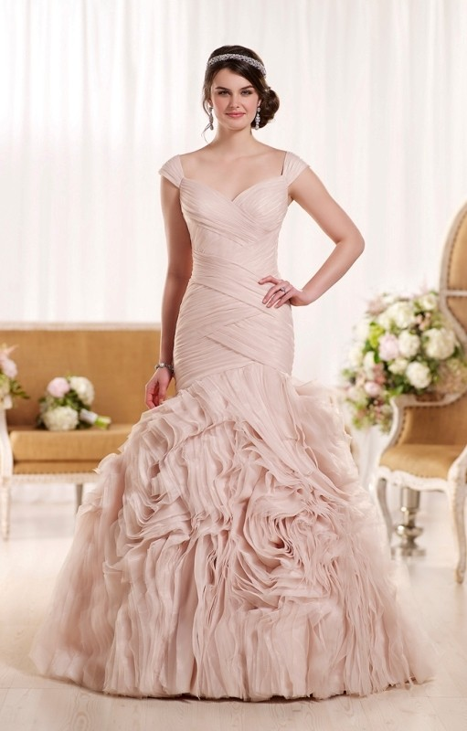 colored-wedding-dresses-2017-49 75+ Most Breathtaking Colored Wedding Dresses in 2020