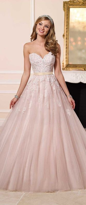 colored-wedding-dresses-2017-6 75+ Most Breathtaking Colored Wedding Dresses in 2020
