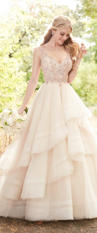 colored-wedding-dresses-2017-8 75+ Most Breathtaking Colored Wedding Dresses in 2020