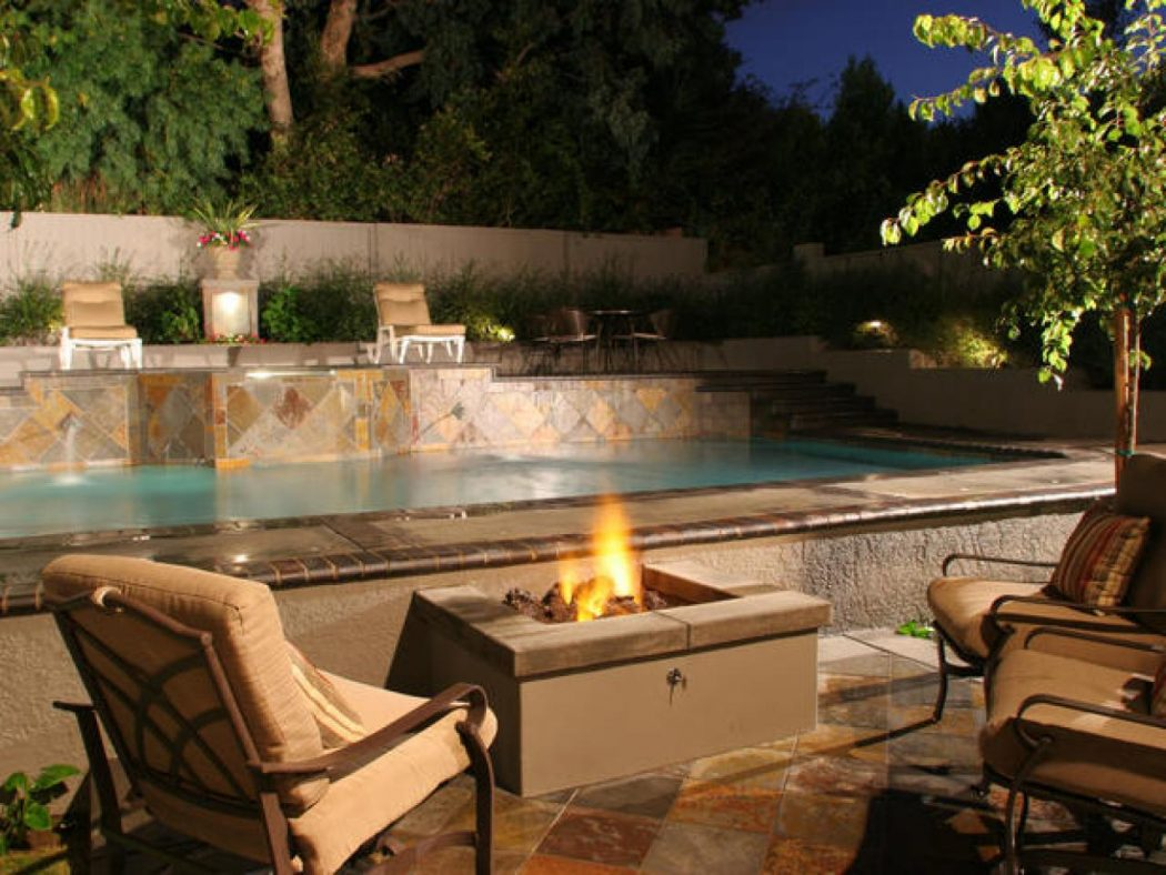 dp-kalamian-firepit-pool-s4x3-lg.jpg.rend_.hgtvcom.1280.960 8 Delightful and Affordable Fire pit Decoration Designs in 2020
