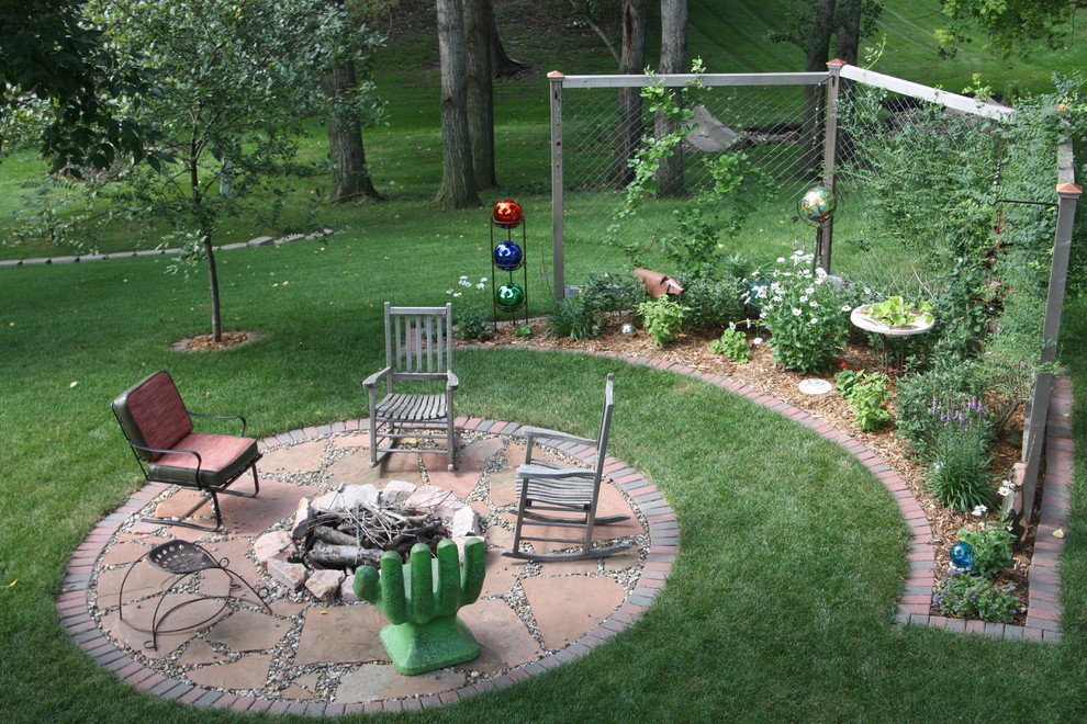 fire-pit-ideas-patio-Landscape-Eclectic-with-none- Delightful and Affordable Fire pit Decoration Designs in 2018