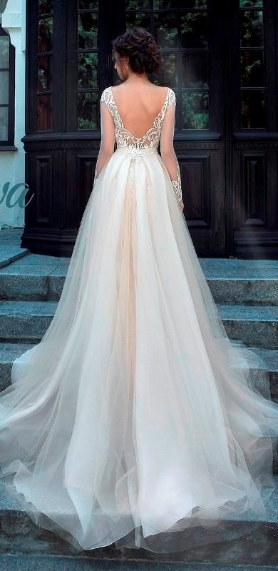flattering-wedding-dresses-2017-11 89+ Most Flattering Wedding Dresses Brides-to-be Need to See
