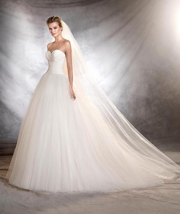 flattering-wedding-dresses-2017-116 89+ Most Flattering Wedding Dresses Brides-to-be Need to See