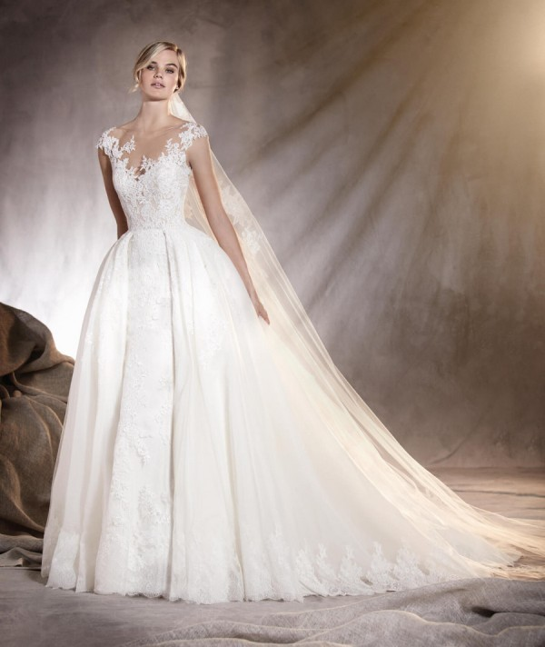 flattering-wedding-dresses-2017-117 89+ Most Flattering Wedding Dresses Brides-to-be Need to See