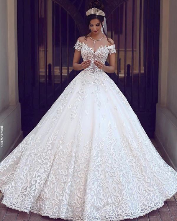 flattering-wedding-dresses-2017-124 89+ Most Flattering Wedding Dresses Brides-to-be Need to See