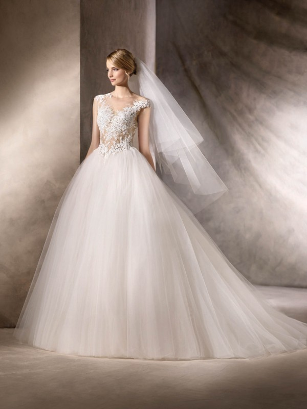 flattering-wedding-dresses-2017-140 89+ Most Flattering Wedding Dresses Brides-to-be Need to See