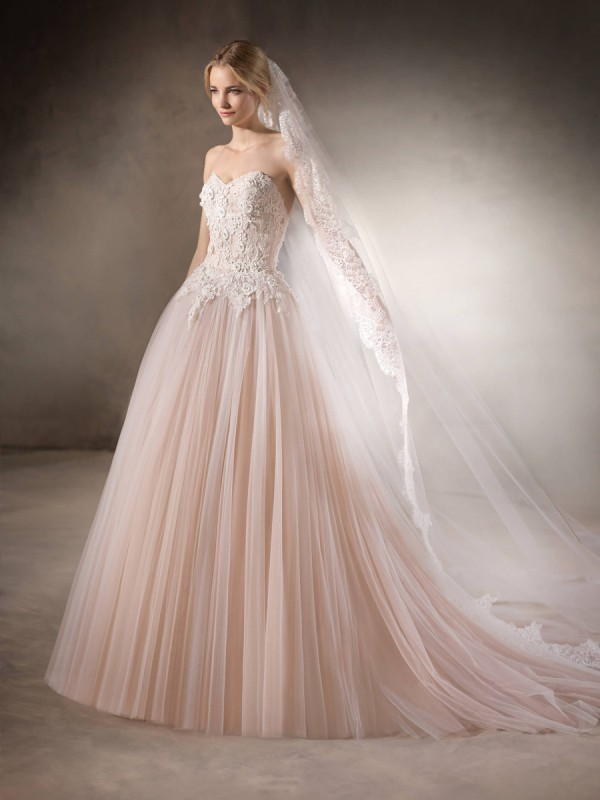 flattering-wedding-dresses-2017-141 89+ Most Flattering Wedding Dresses Brides-to-be Need to See