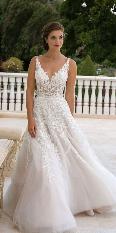 flattering-wedding-dresses-2017-20 89+ Most Flattering Wedding Dresses Brides-to-be Need to See