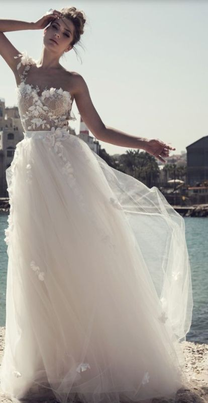 flattering-wedding-dresses-2017-22 89+ Most Flattering Wedding Dresses Brides-to-be Need to See