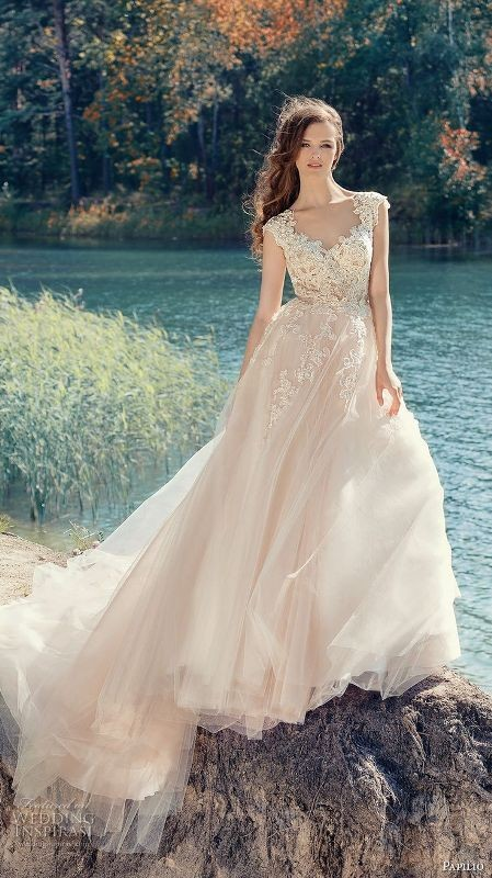 flattering-wedding-dresses-2017-28 89+ Most Flattering Wedding Dresses Brides-to-be Need to See