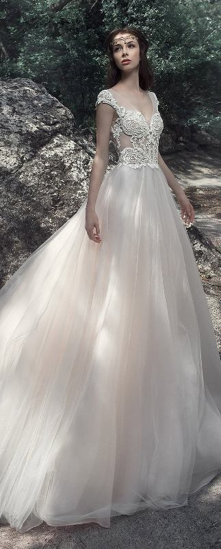 flattering-wedding-dresses-2017-3 89+ Most Flattering Wedding Dresses Brides-to-be Need to See