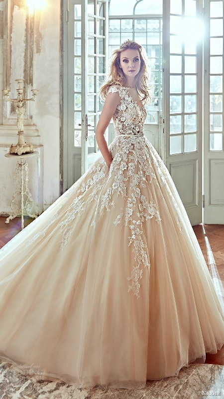 flattering-wedding-dresses-2017-32 89+ Most Flattering Wedding Dresses Brides-to-be Need to See