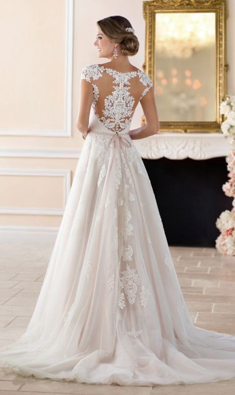 flattering-wedding-dresses-2017-35 89+ Most Flattering Wedding Dresses Brides-to-be Need to See