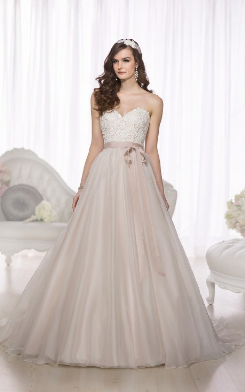 flattering-wedding-dresses-2017-39 89+ Most Flattering Wedding Dresses Brides-to-be Need to See