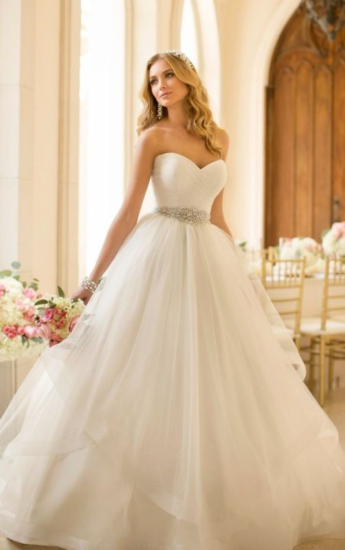 flattering-wedding-dresses-2017-44 89+ Most Flattering Wedding Dresses Brides-to-be Need to See