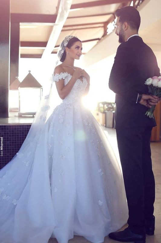 flattering-wedding-dresses-2017-64 89+ Most Flattering Wedding Dresses Brides-to-be Need to See