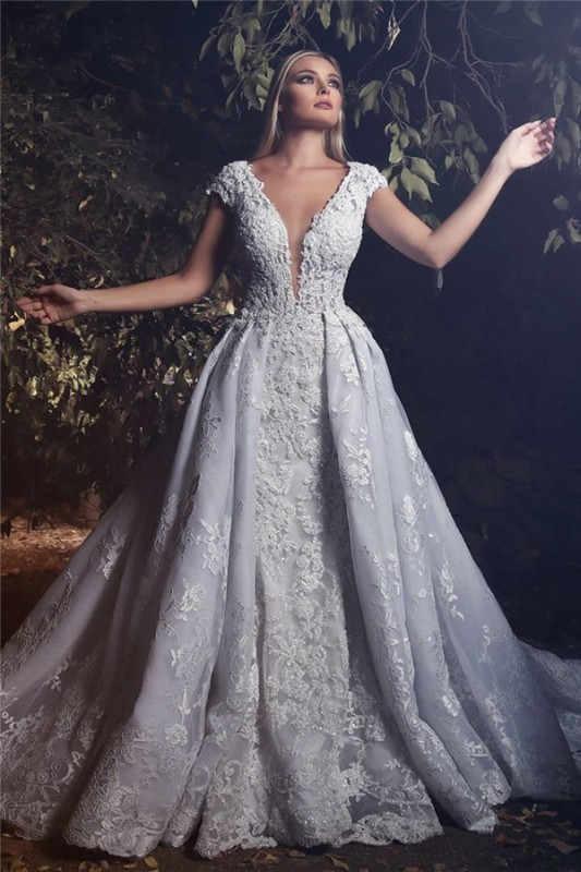 flattering-wedding-dresses-2017-71 89+ Most Flattering Wedding Dresses Brides-to-be Need to See
