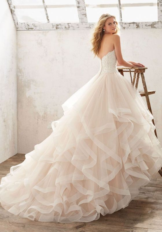 flattering-wedding-dresses-2017-87 89+ Most Flattering Wedding Dresses Brides-to-be Need to See