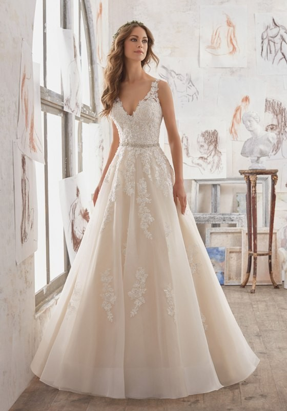 flattering-wedding-dresses-2017-89 89+ Most Flattering Wedding Dresses Brides-to-be Need to See