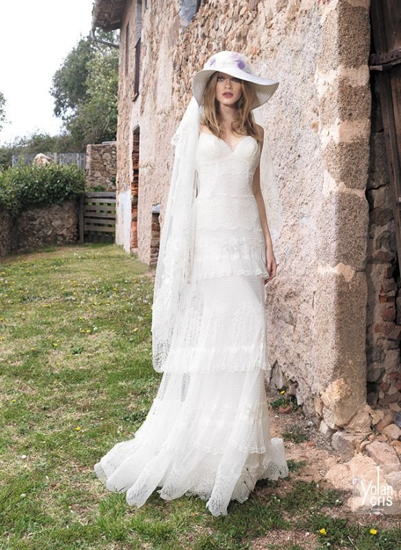 flattering-wedding-dresses-2017-97 89+ Most Flattering Wedding Dresses Brides-to-be Need to See