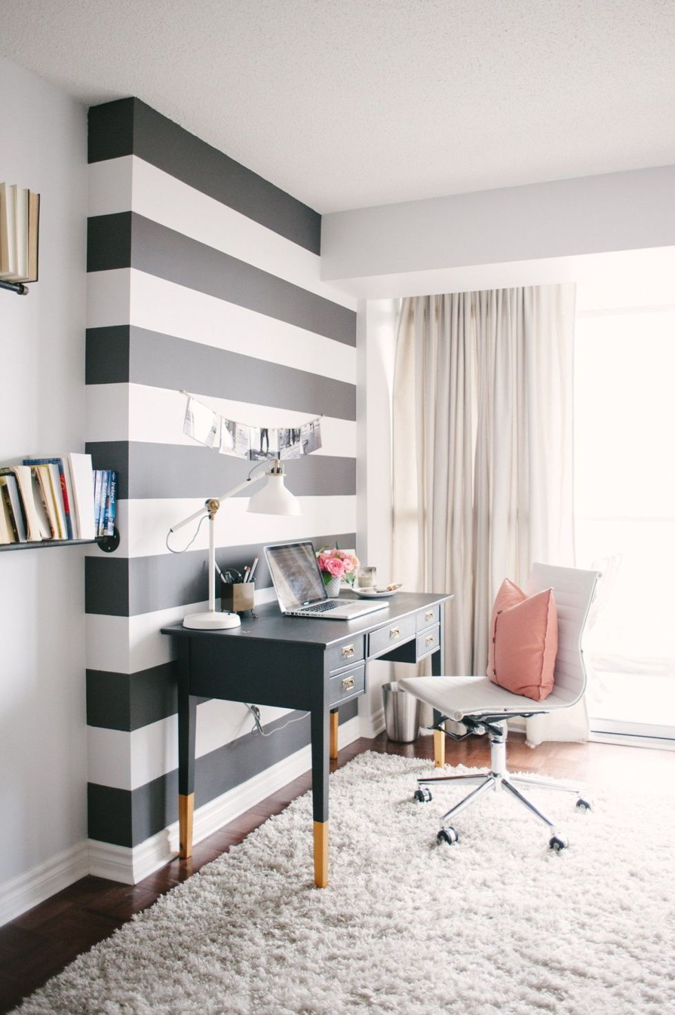 gallery-1436474958-modern-condo-office 10 Ways to Add Glam to Your Hollywood Home
