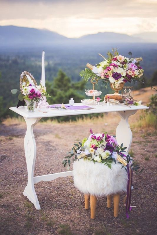 unique-wedding-tables-2 8 Most Unique Wedding Party Ideas in 2018