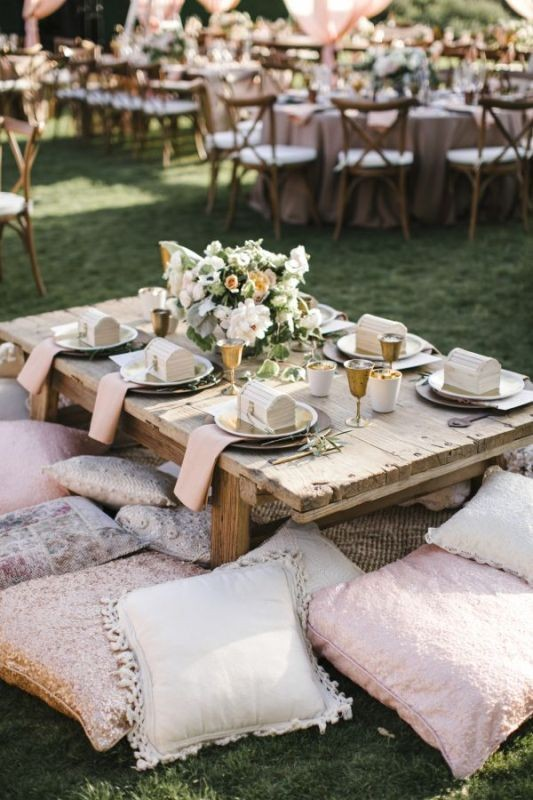 unique-wedding-tables-4 8 Most Unique Wedding Party Ideas in 2020