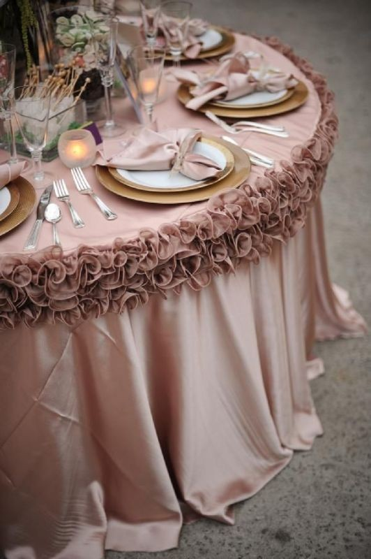 unique-wedding-tables 8 Most Unique Wedding Party Ideas in 2017