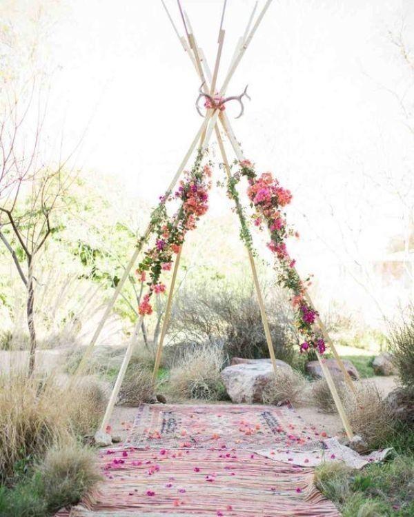 wedding-backdrops-2017-105 83+ Dreamy Unique Wedding Backdrop Ideas in 2020