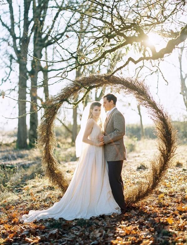 wedding-backdrops-2017-110 83+ Dreamy Unique Wedding Backdrop Ideas in 2020