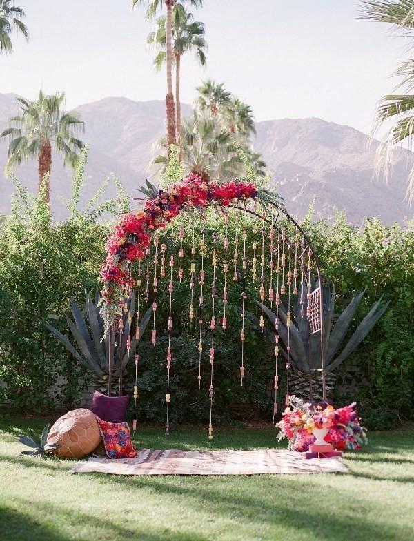 wedding-backdrops-2017-112 83+ Dreamy Unique Wedding Backdrop Ideas in 2020