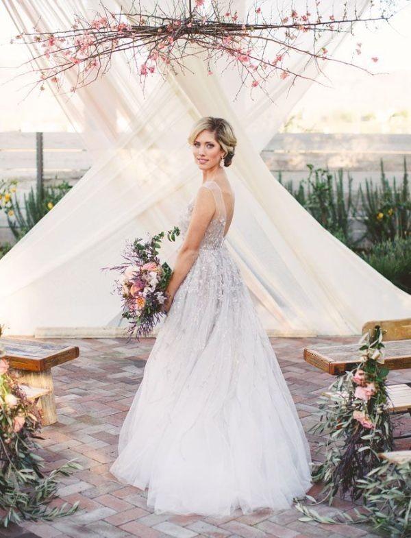 wedding-backdrops-2017-113 83+ Dreamy Unique Wedding Backdrop Ideas in 2020