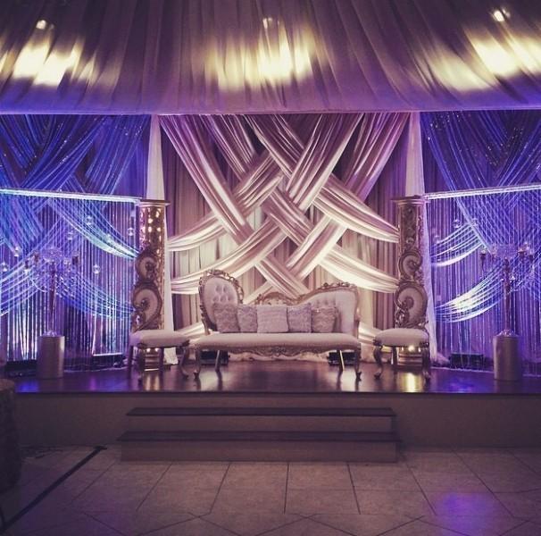 wedding-backdrops-2017-123 83+ Dreamy Unique Wedding Backdrop Ideas in 2020