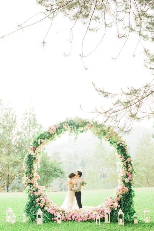 wedding-backdrops-2017-45 83+ Dreamy Unique Wedding Backdrop Ideas in 2020