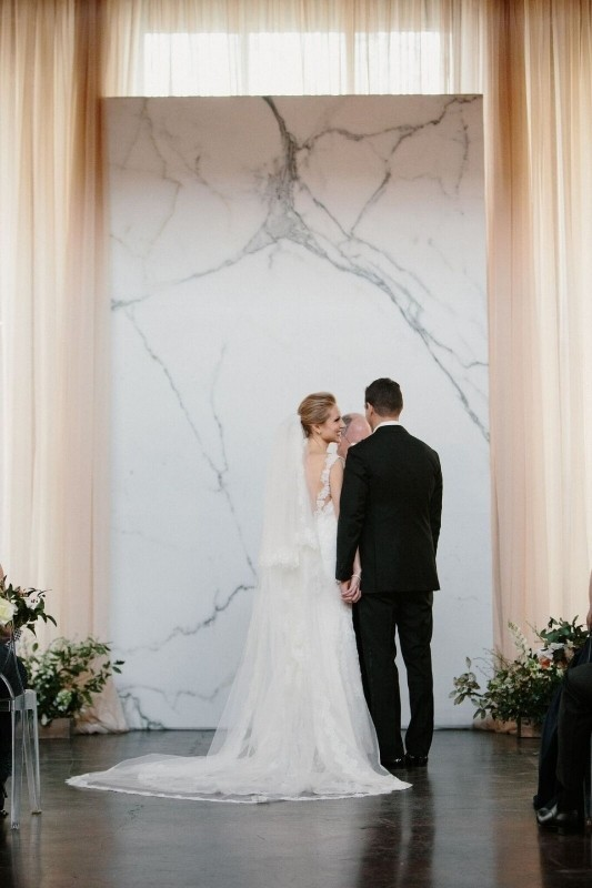 wedding-backdrops-2017-48 83+ Dreamy Unique Wedding Backdrop Ideas in 2020