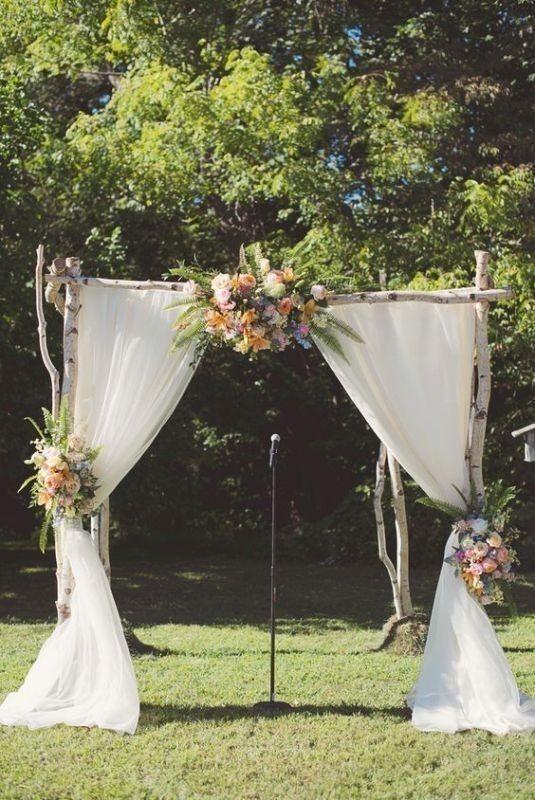 wedding-backdrops-2017-67 83+ Dreamy Unique Wedding Backdrop Ideas in 2020