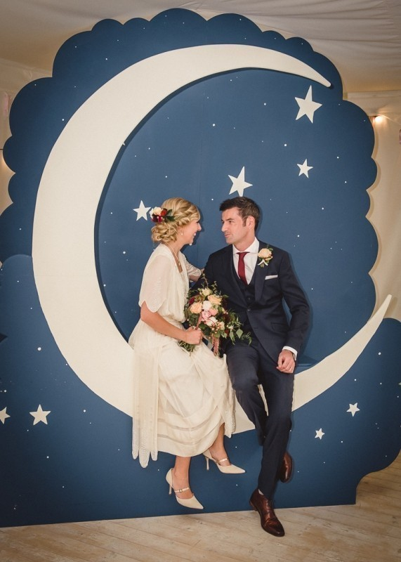 wedding-backdrops-2017-69 83+ Dreamy Unique Wedding Backdrop Ideas in 2020