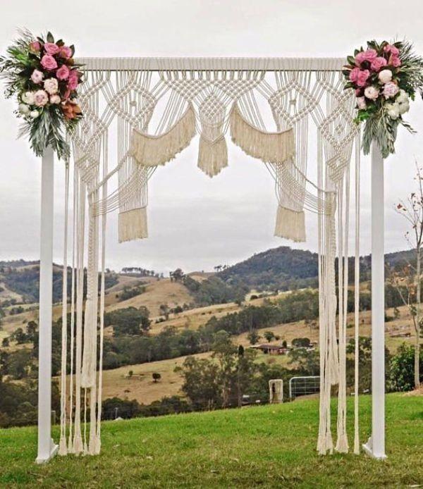 wedding-backdrops-2017-94 83+ Dreamy Unique Wedding Backdrop Ideas in 2020