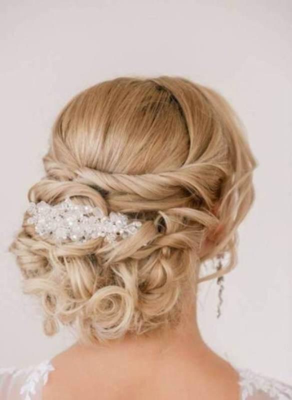 wedding-hairstyles-2017-100 81+ Beautiful Wedding Hairstyles for Elegant Brides in 2020