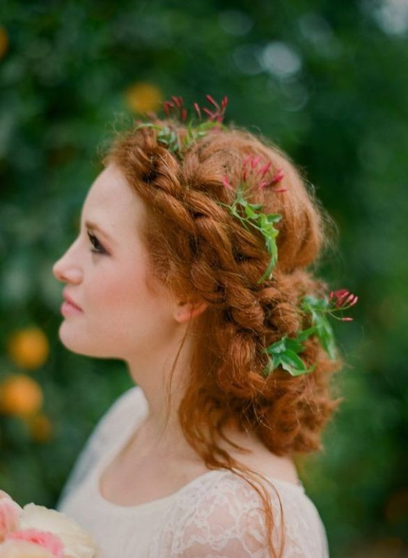 wedding-hairstyles-2017-103 81+ Beautiful Wedding Hairstyles for Elegant Brides in 2020