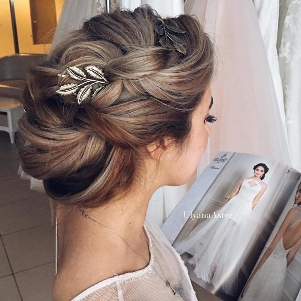 wedding-hairstyles-2017-113 81+ Beautiful Wedding Hairstyles for Elegant Brides in 2020
