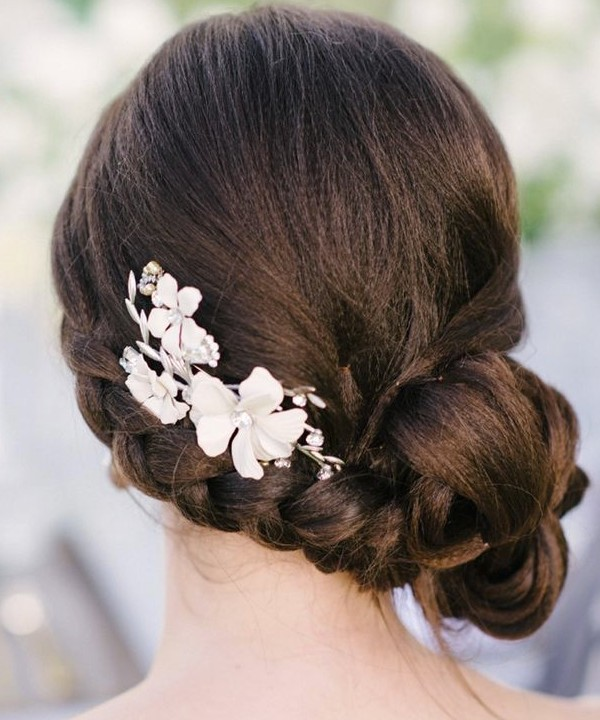 wedding-hairstyles-2017-134 81+ Beautiful Wedding Hairstyles for Elegant Brides in 2020