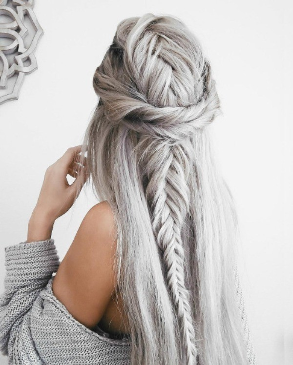wedding-hairstyles-2017-141 81+ Beautiful Wedding Hairstyles for Elegant Brides in 2018