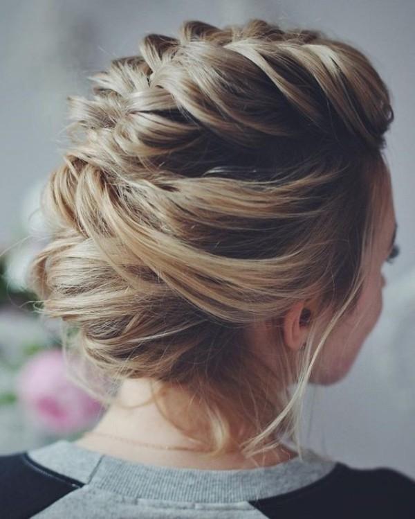 wedding-hairstyles-2017-146 81+ Beautiful Wedding Hairstyles for Elegant Brides in 2018