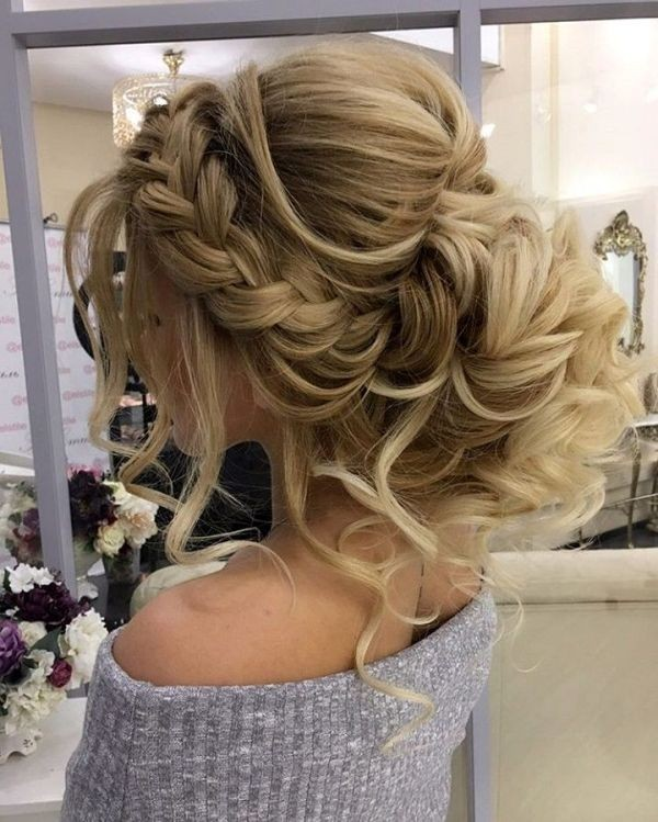wedding-hairstyles-2017-147 81+ Beautiful Wedding Hairstyles for Elegant Brides in 2020