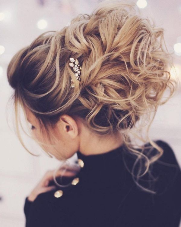 wedding-hairstyles-2017-153 81+ Beautiful Wedding Hairstyles for Elegant Brides in 2020