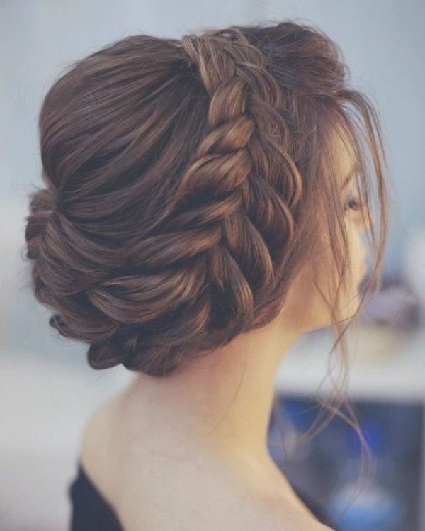 wedding-hairstyles-2017-160 81+ Beautiful Wedding Hairstyles for Elegant Brides in 2020