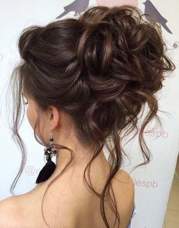 wedding-hairstyles-2017-179 81+ Beautiful Wedding Hairstyles for Elegant Brides in 2020