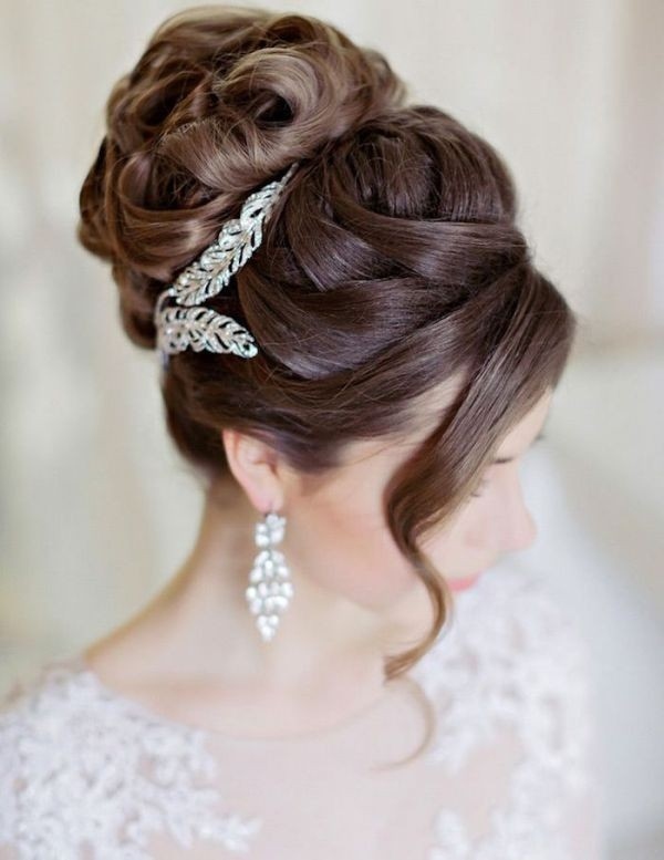 wedding-hairstyles-2017-180 81+ Beautiful Wedding Hairstyles for Elegant Brides in 2020